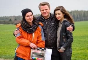 Z Sylwią Rosak (asyst. reżysera) i Agnieszką Więdłochą (aktorka)